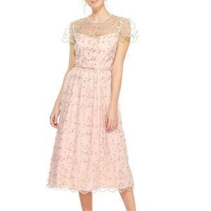 Gal Meets Glam Penelope Embroidered Midi Dress